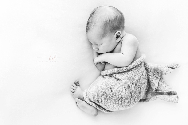 kansas city newborn lifestyle photography photographer