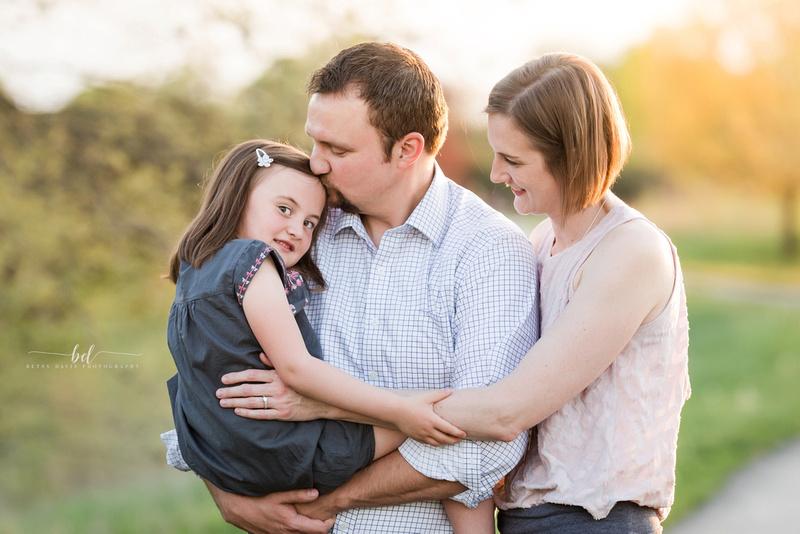 liberty mo family photographer, Kansas city family photos