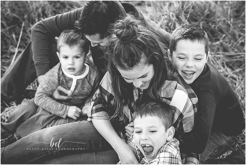Saint Joseph MO outdoor family session