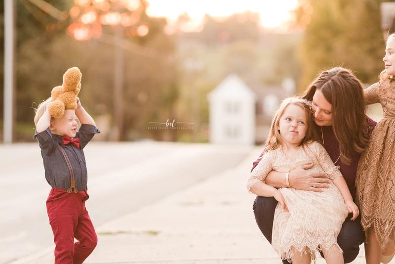 Saint Joseph MO Fall family photos