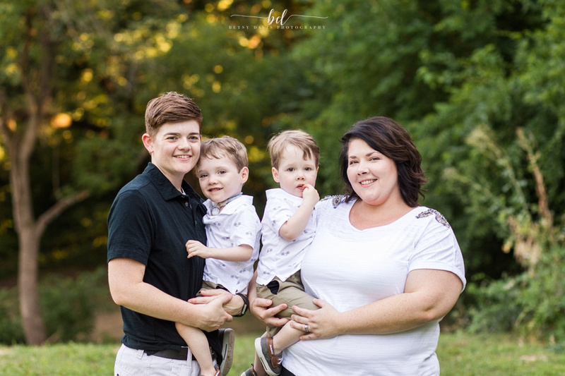 Saint Joseph MO outdoor family session